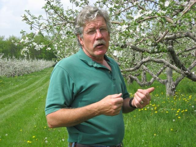 """""""Wisconsin"""" """"apple orchard"""" """"Tom Griffith"""" """"Door Creek"""""""